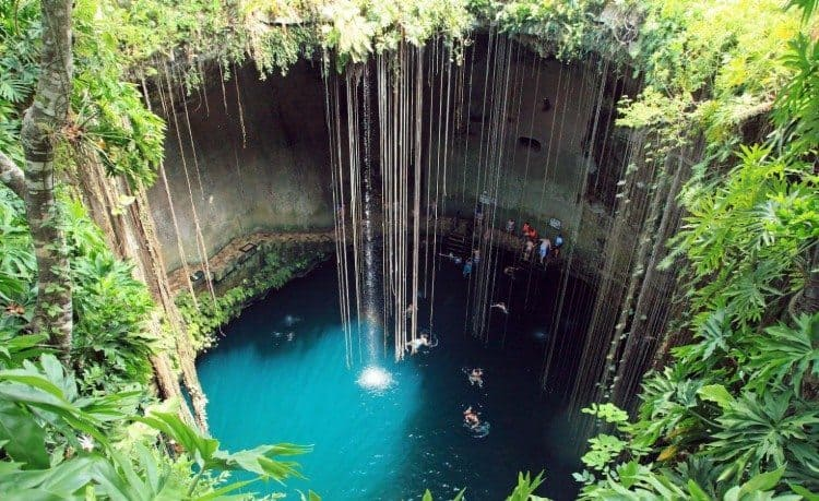 Excursiones-en-riviera-maya-cenote-ik-kil-1470x900-750x459
