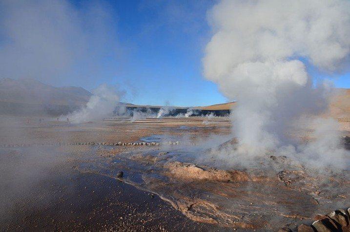 Geysers_Del_Tatio_Atacama_Desert_Chile_02-717x475