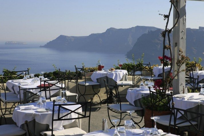 1800-Restaurant-713x475