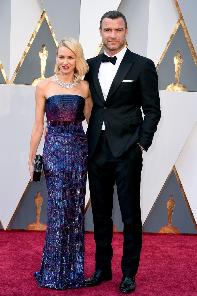 Naomi-Watts-wearing-Armani-Prive-and-Liev-Schreiber