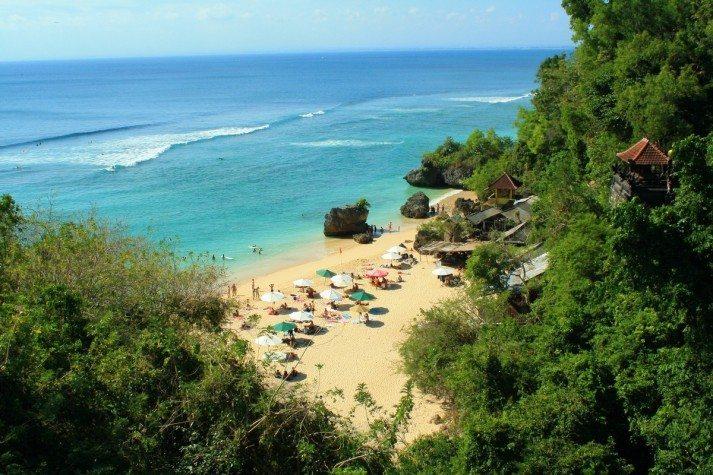 Padang-Padang-beach-713x475