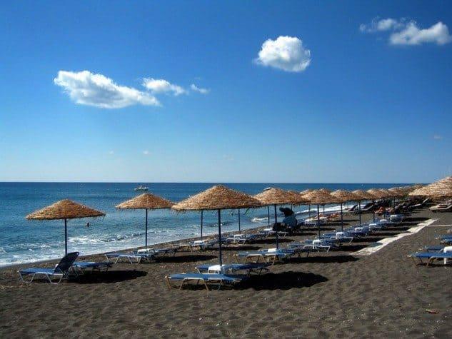 Perissa-Beach-2-633x475