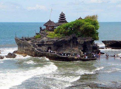 Tanah-Lot-Temple-2-e1456853655581