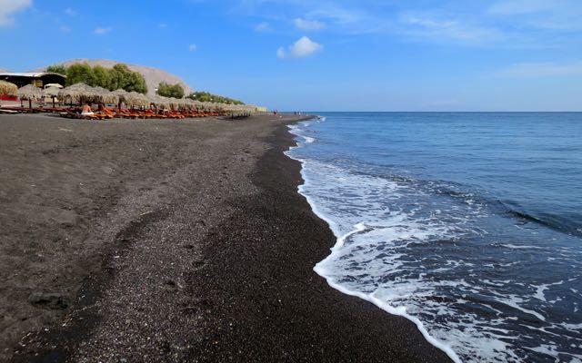santorini-best-beach-perivolos