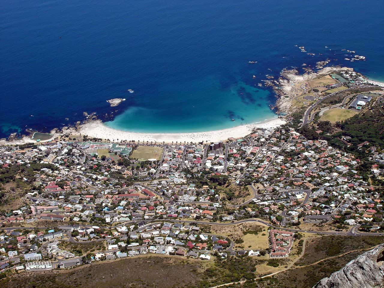 1280px-Camps_Bay_view
