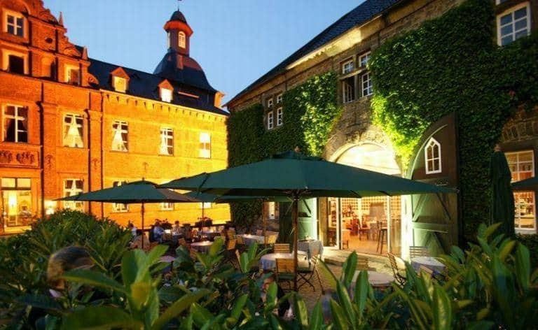 Schlosshotel-Hugenpoet-5
