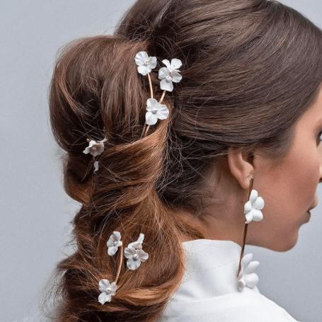 Grinalda-Pins-de-flores-para-noiva-Noiva.lab-CaseMe-Fotografia-Ale-Gustavo
