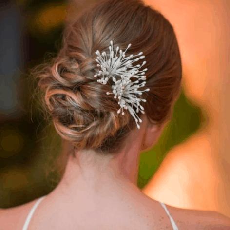 Grinalda-de-noiva-Angela-Pimentel-Athayde-CaseMe-Coque-penteado