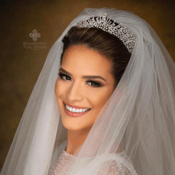 Grinalda-de-noiva-Condessa-Von-Recke-CaseMe-Captura-de-Tela-2021-01-18-às-07.16.16