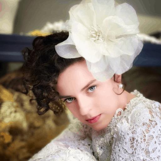 Grinalda-de-noiva-Noiva.lab-maxi-flor-de-organza-CaseMe