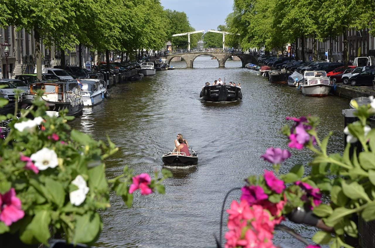 amsterdam-988050_1280