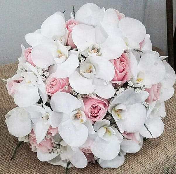 buque-orquideas-carla-flores