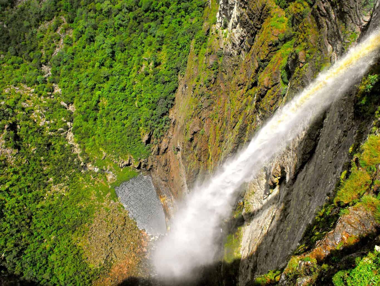 lua-de-mel-brasil-Cachoeira_da_Fumaça_-_Chapada_Diamantina