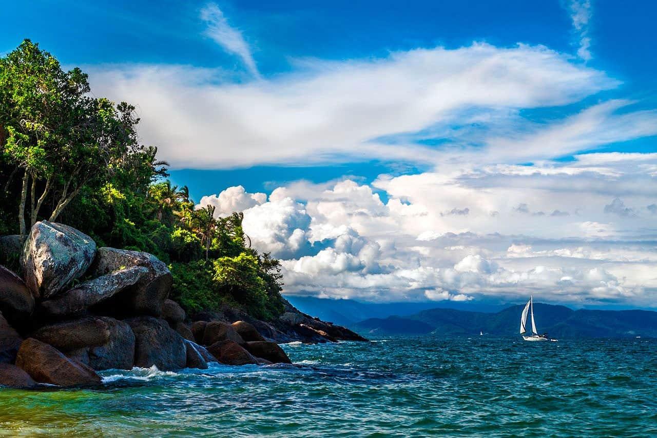lua-de-mel-brasil-ilhabela-praia-feiticeira-Roberto-Pavezi-Netto