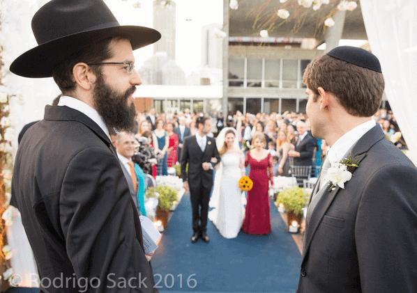 entrada-dos-noivos-tradicao-judaica-caseme