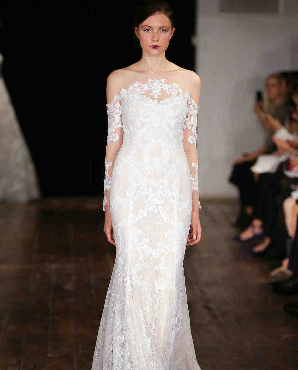 Rivini-wedding-dress-fall2017-62033510-014_vert