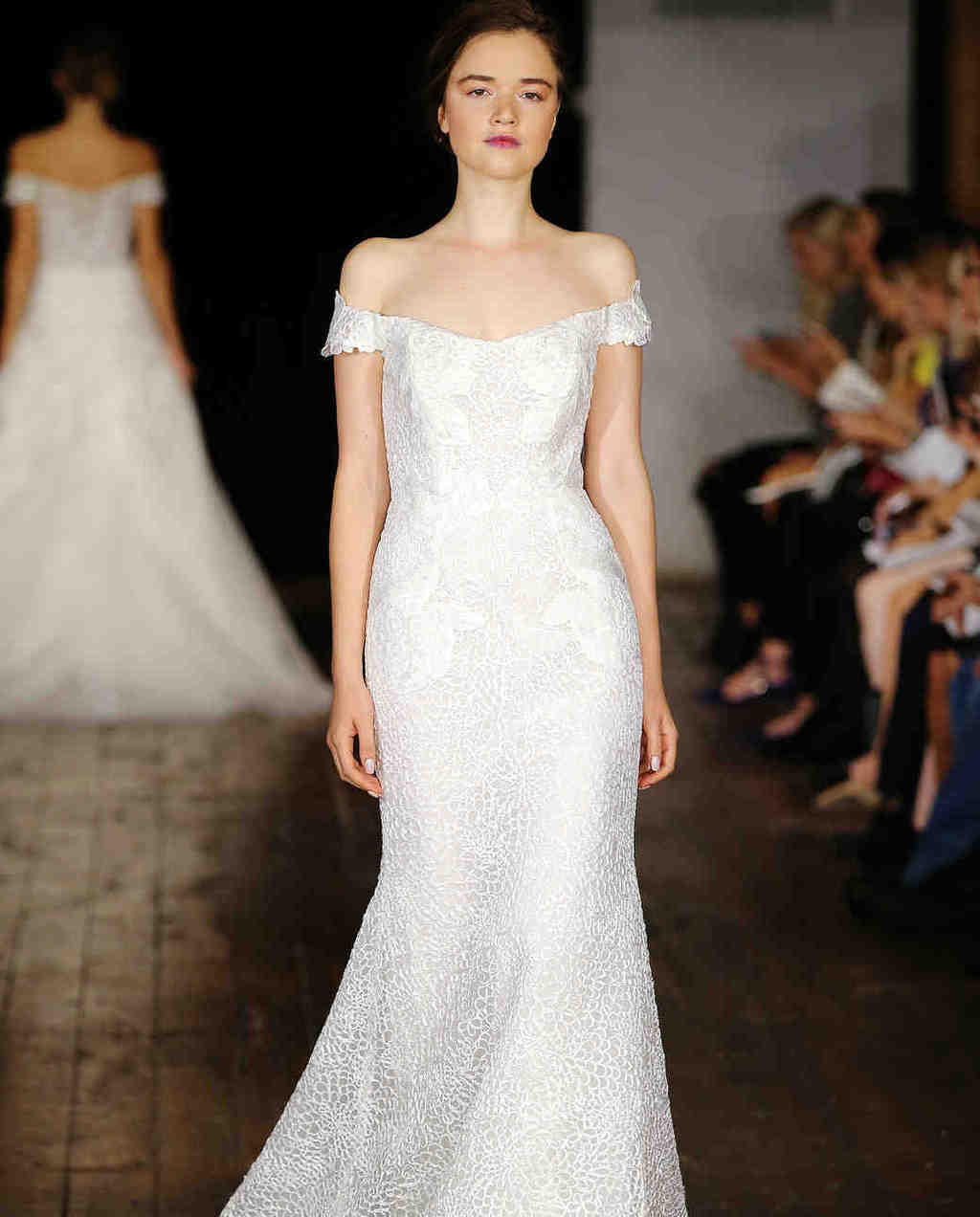 Rivini-wedding-dress-fall2017-62033510-020_vert
