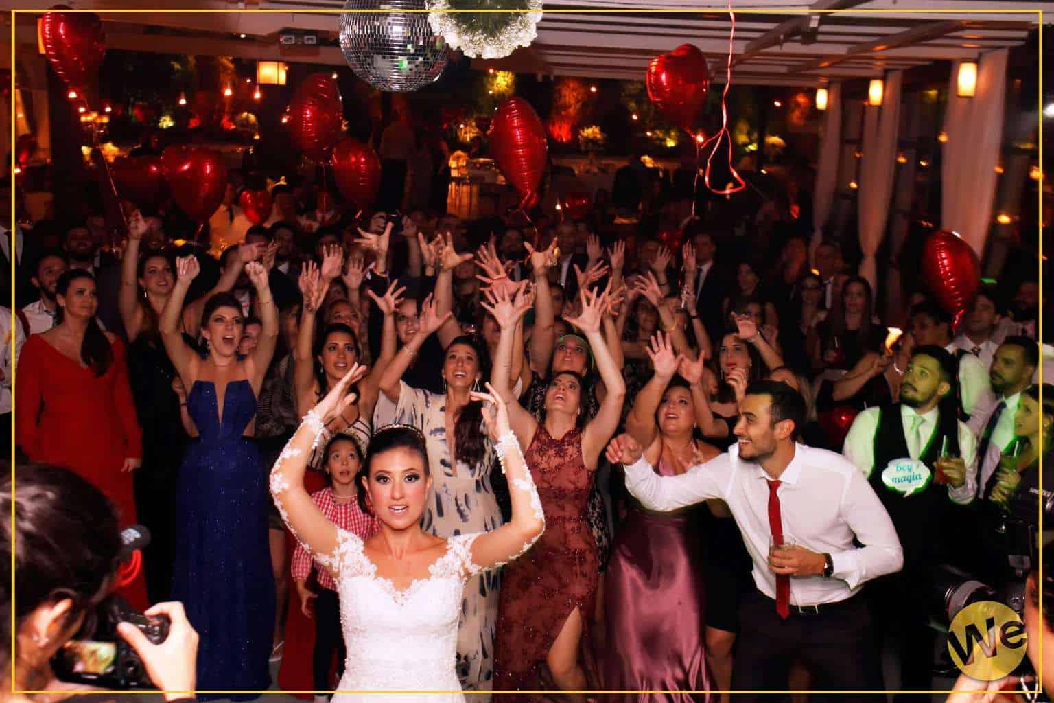 We-Clubbing-1-Out-Canoas-Case-Me-05
