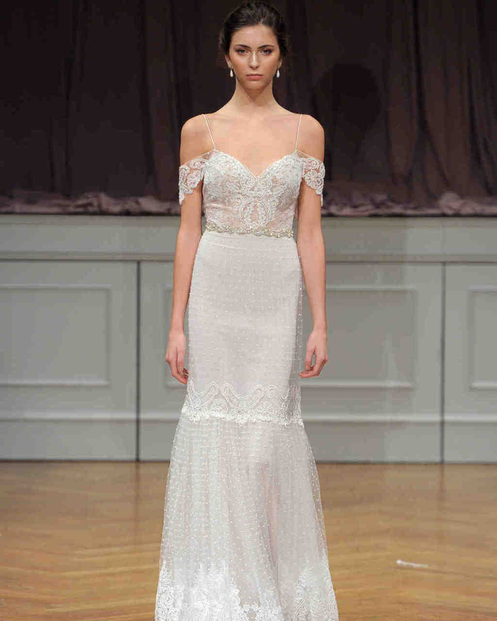 alon-livne-white-wedding-dress-fall2017-6203351-003_vert