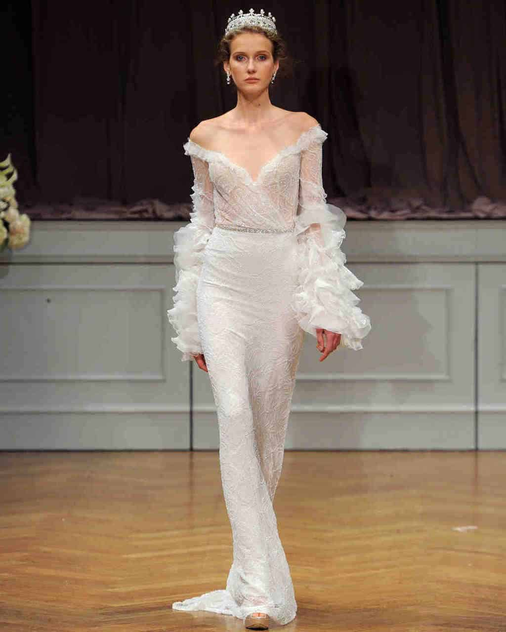 alon-livne-white-wedding-dress-fall2017-6203351-008_vert