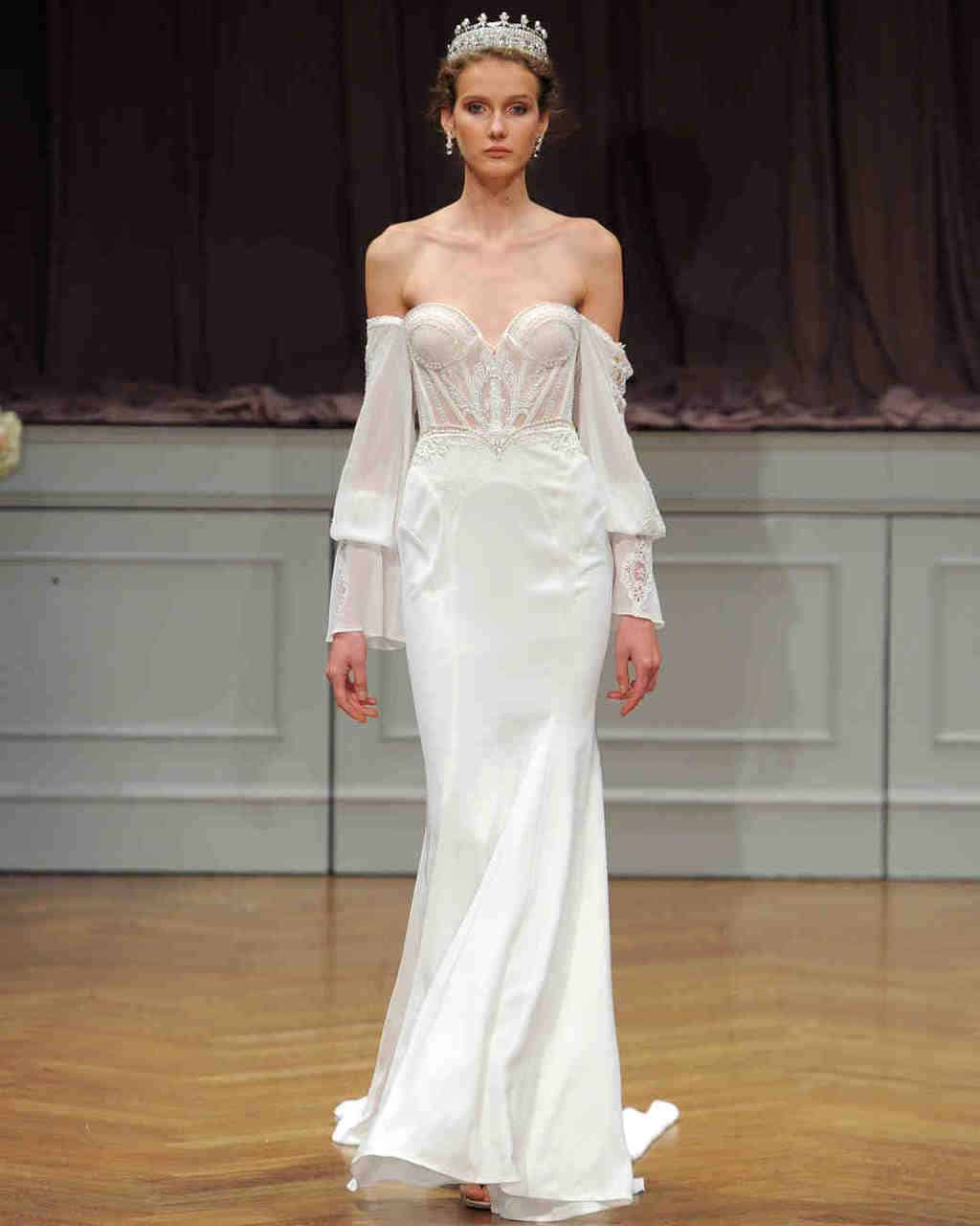 alon-livne-white-wedding-dress-fall2017-6203351-021_vert