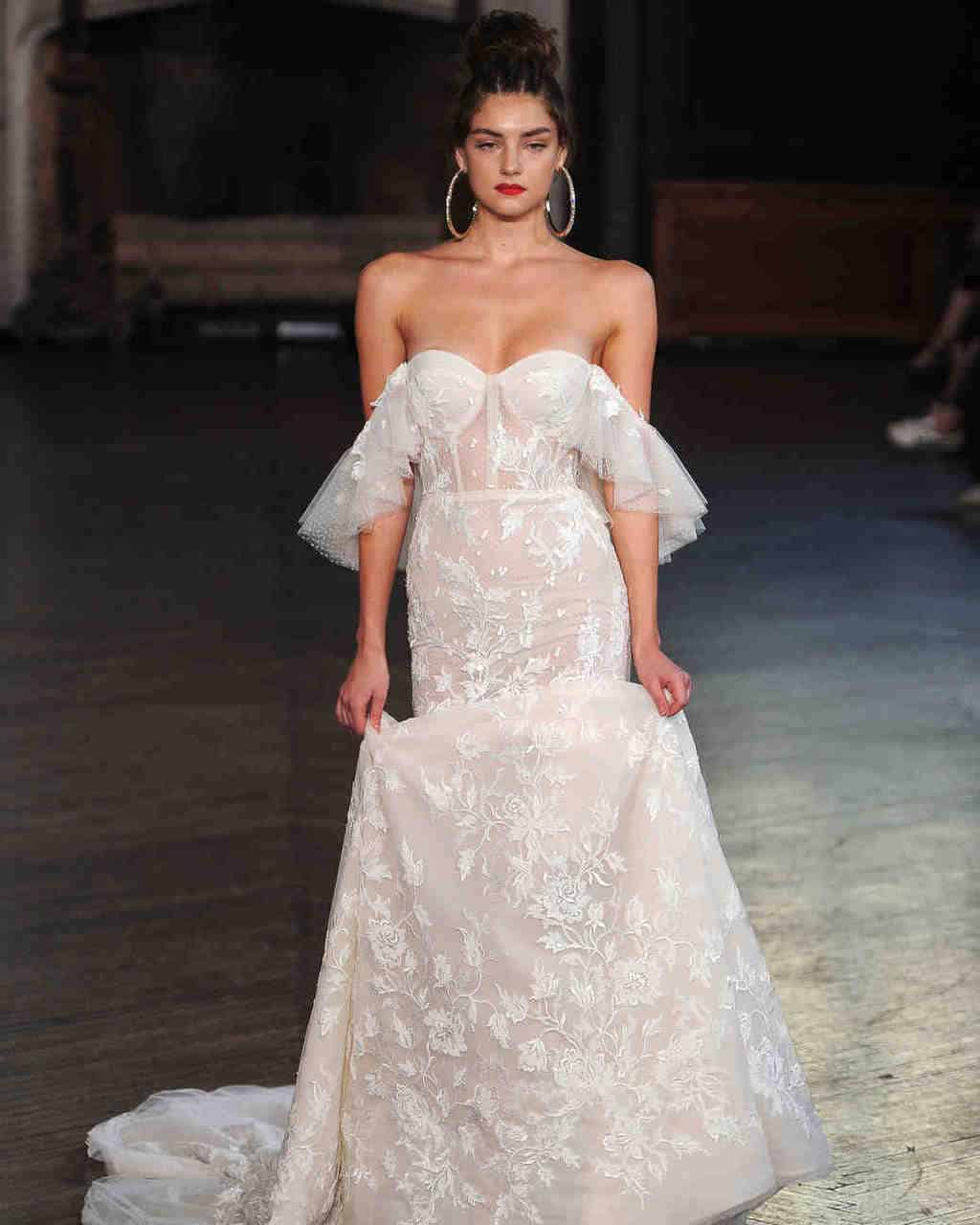 berta-wedding-dress-fall2017-6203351-002_vert