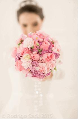 decoracao-rosa-nos-casamentos-caseme-1