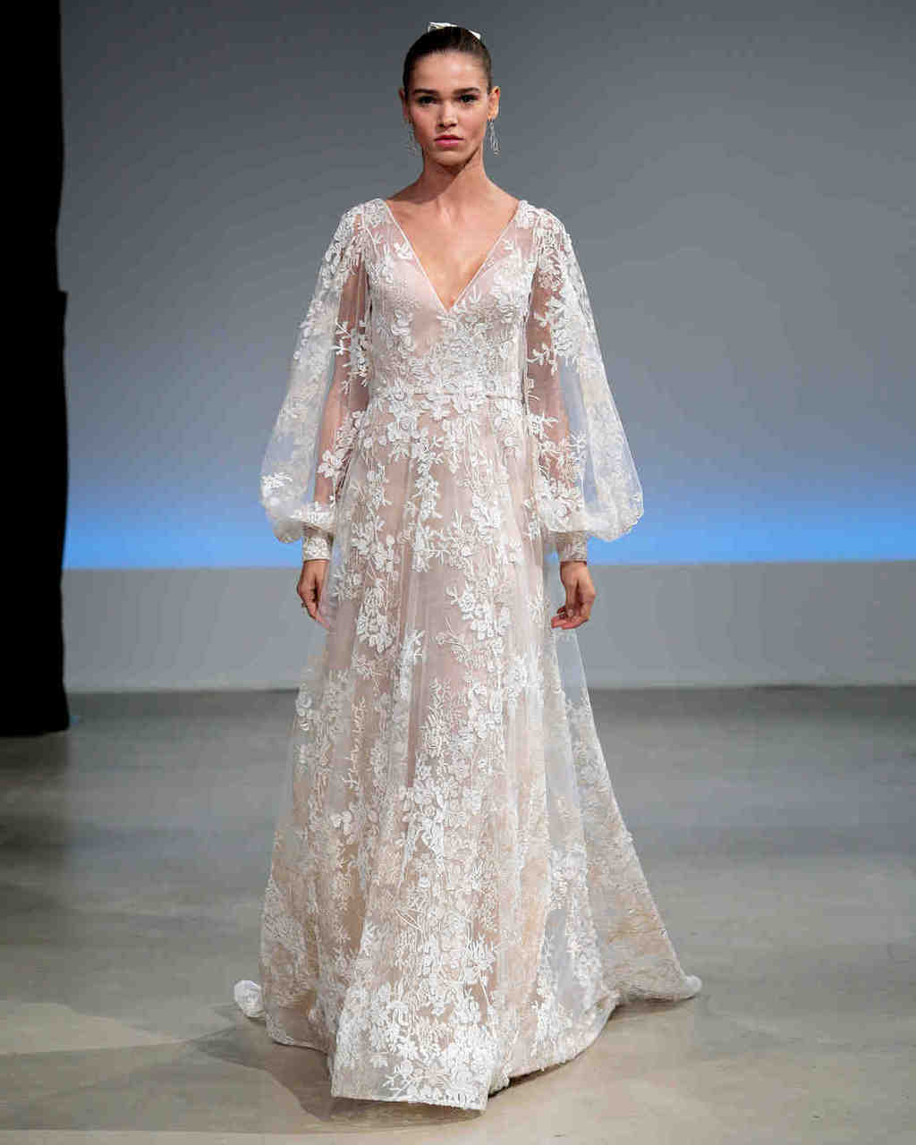 isabelle-armstrong-wedding-dress-fall2017-6203351-006_vert