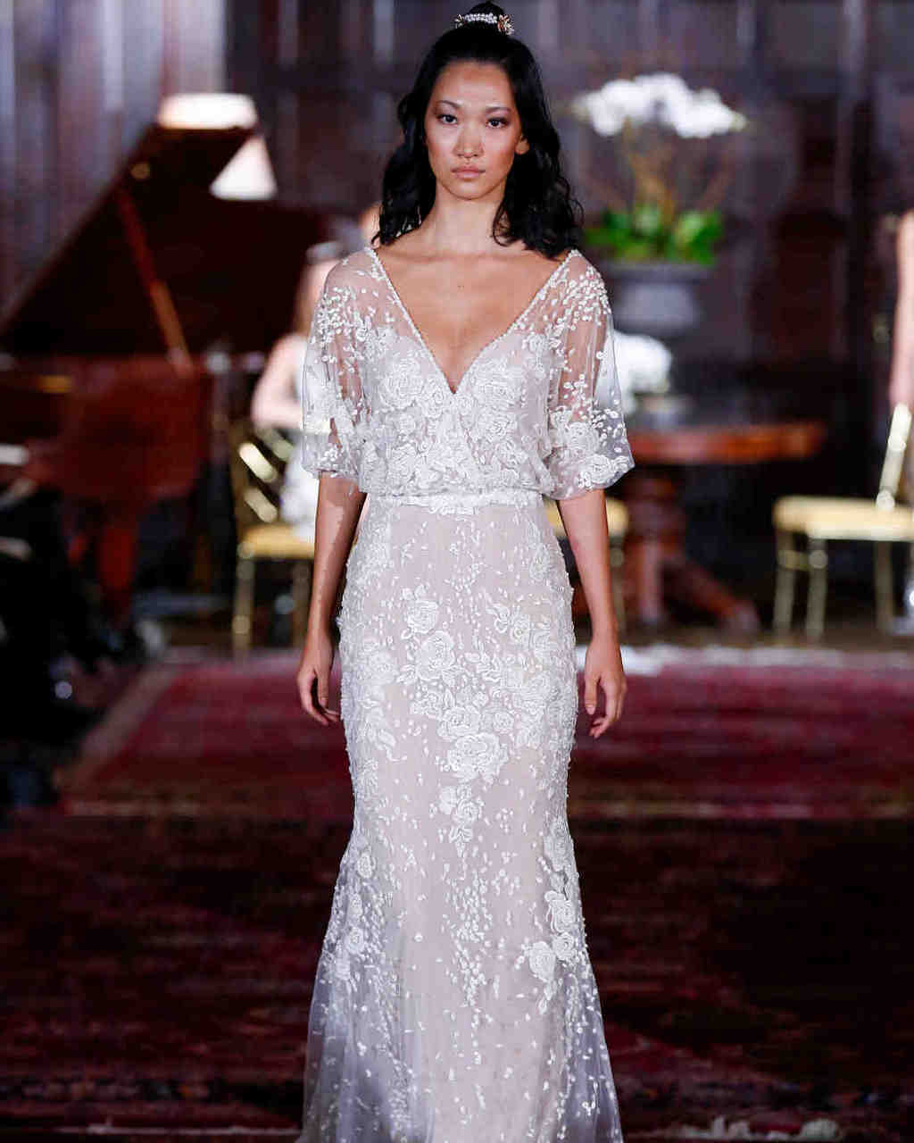 julie-vino-wedding-dress-fall2017-6203351-009_vert-1