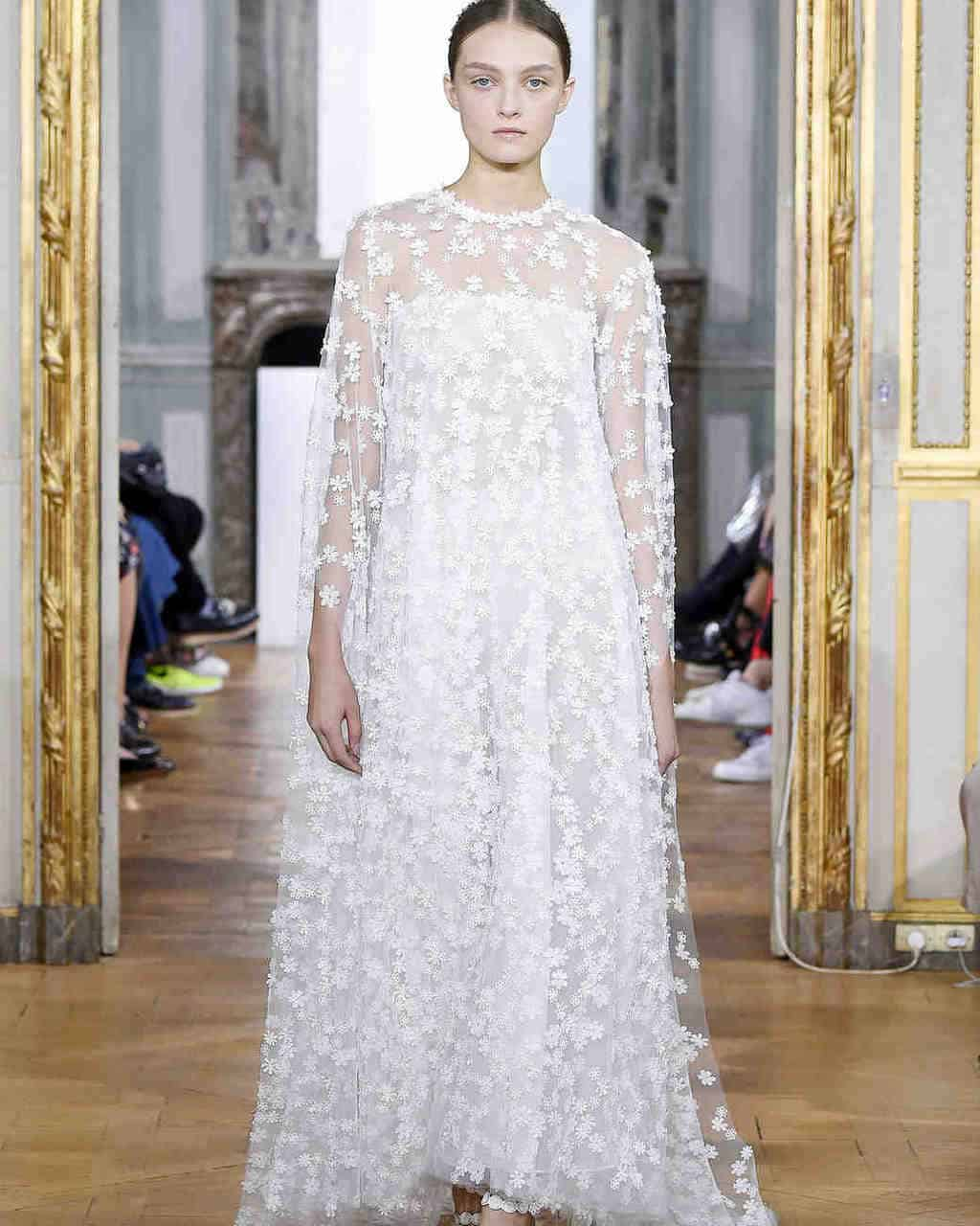 kaviar-gauche-wedding-dress-fall2017-001_vert