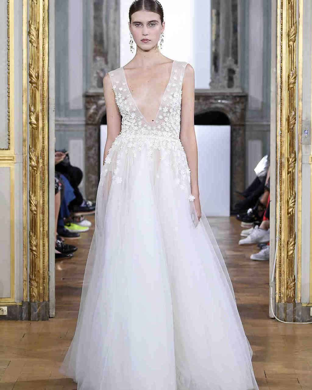 kaviar-gauche-wedding-dress-fall2017-003_vert