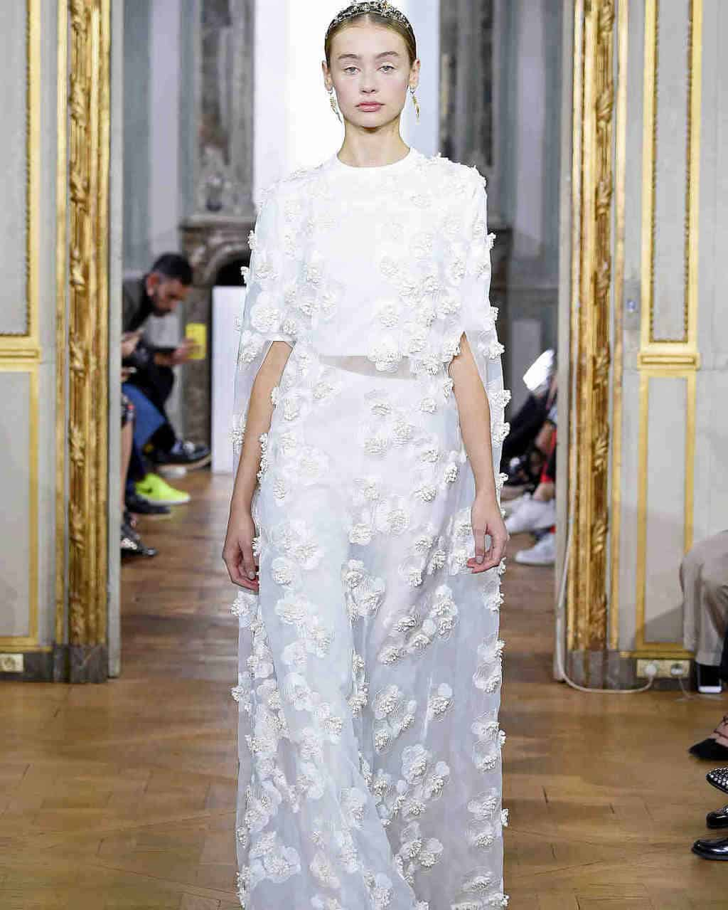 kaviar-gauche-wedding-dress-fall2017-012_vert