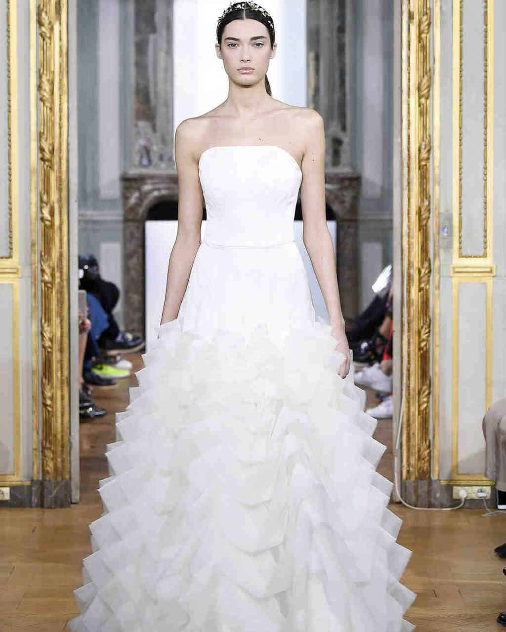 kaviar-gauche-wedding-dress-fall2017-017_vert