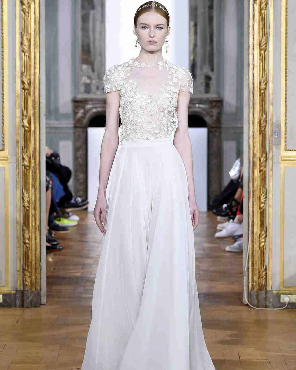kaviar-gauche-wedding-dress-fall2017-018_vert