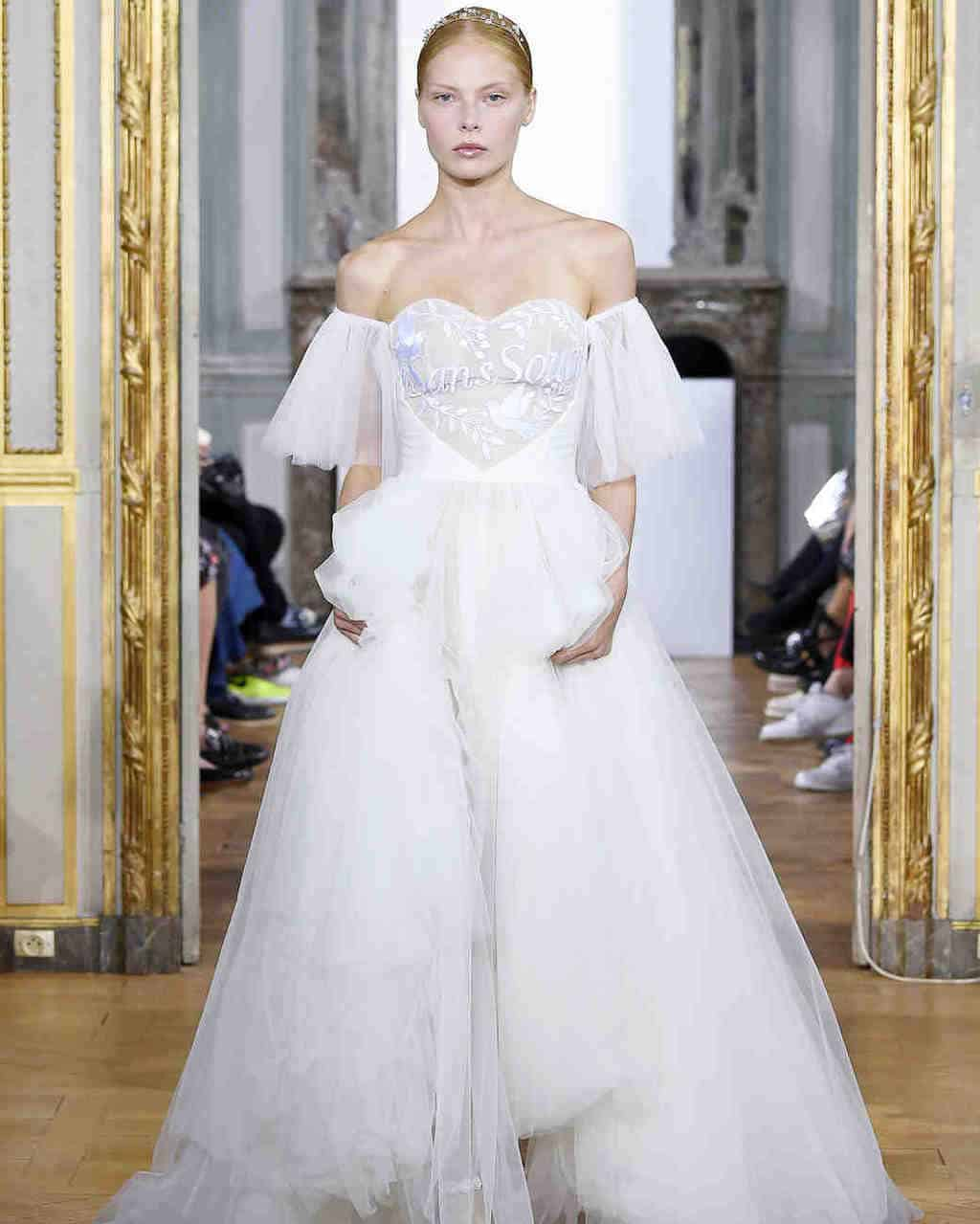 kaviar-gauche-wedding-dress-fall2017-023_vert