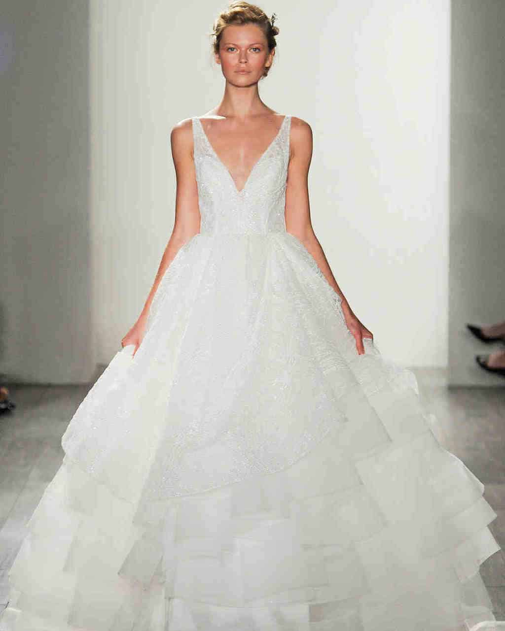 lazaro-wedding-dress-fall2017-6203351-011_vert
