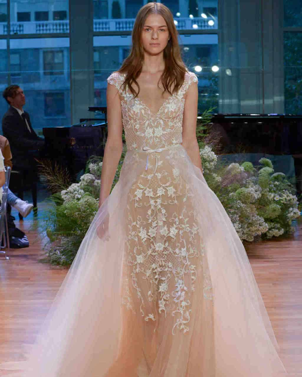 vestido-de-noiva-rose-quartz-Monique-Lhuillier-wedding-dress-fall2017-62033510-008_vert