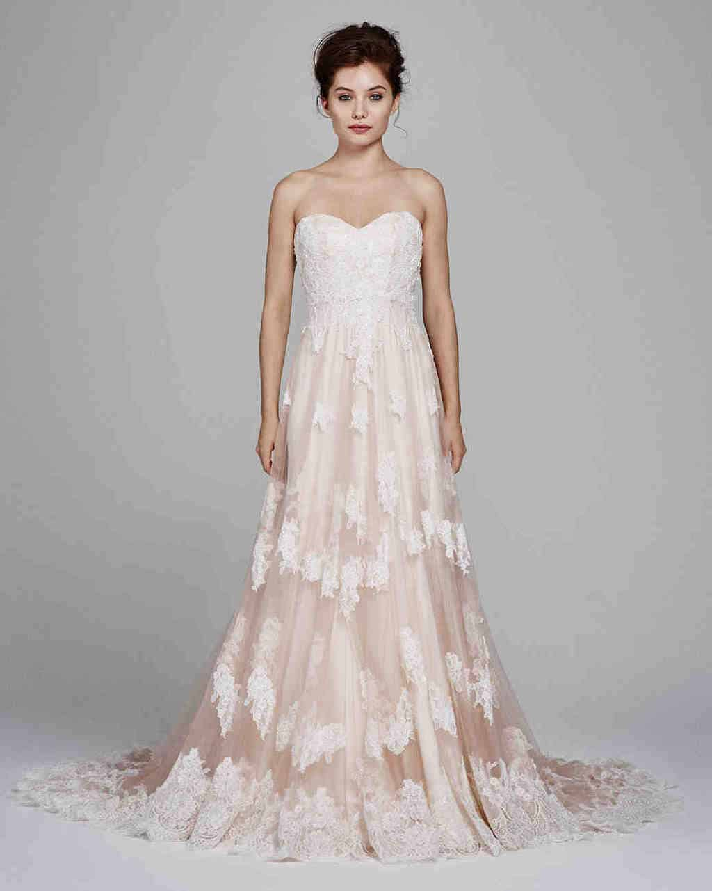 vestido-de-noiva-rose-quartz-kelly-faetanini-wedding-dress-fall2017-010_vert