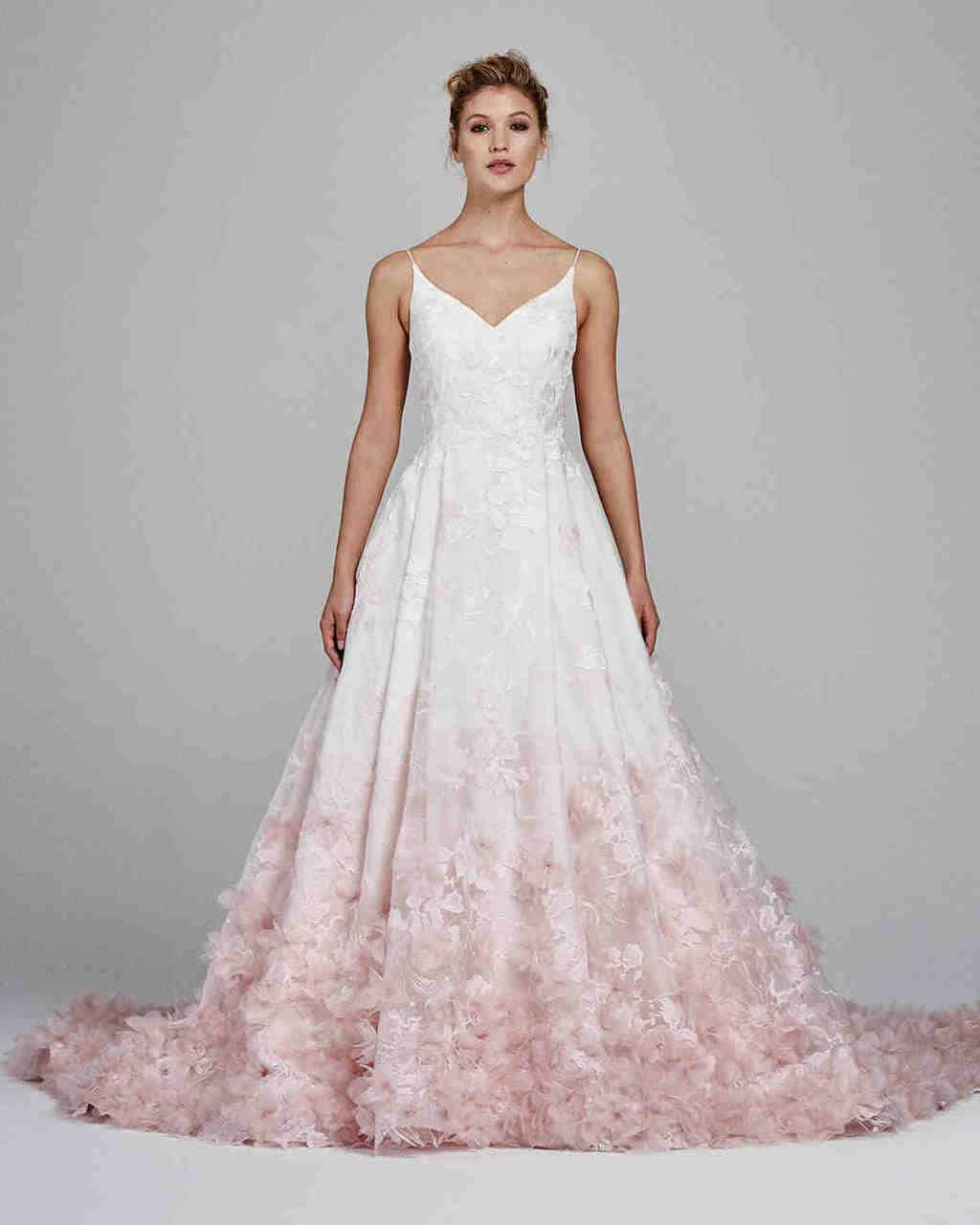 vestido-de-noiva-rose-quartz-kelly-faetanini-wedding-dress-fall2017-019_vert