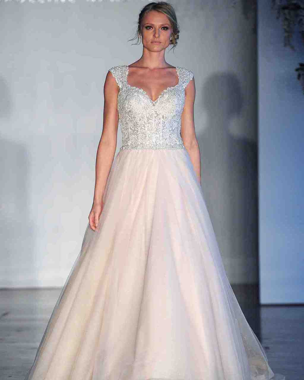 vestido-de-noiva-rose-quartz-morilee-wedding-dress-bridal2017-6203351-024_vert