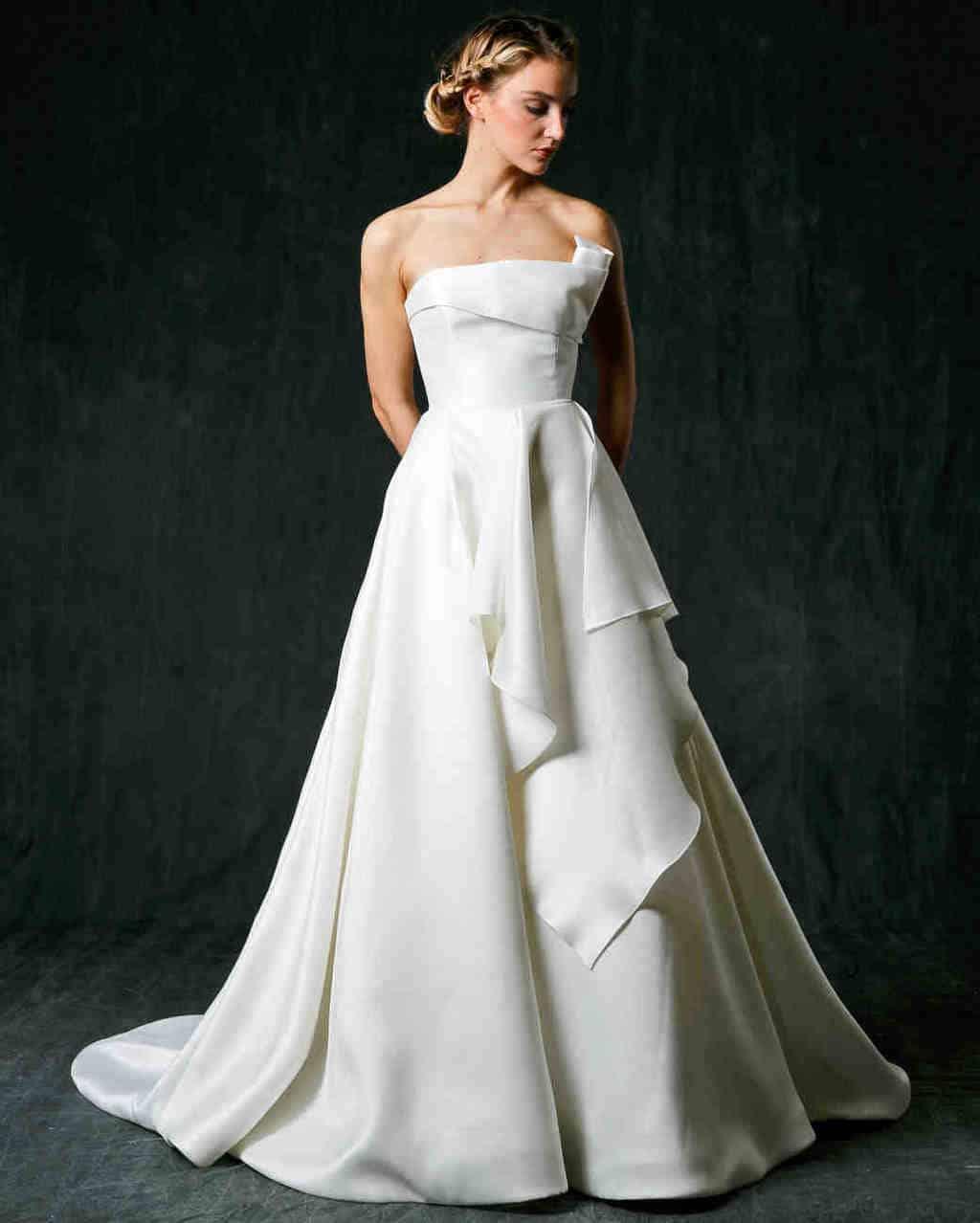 vestido-de-noiva-sem-renda-sareh-nouri-fall2017-1