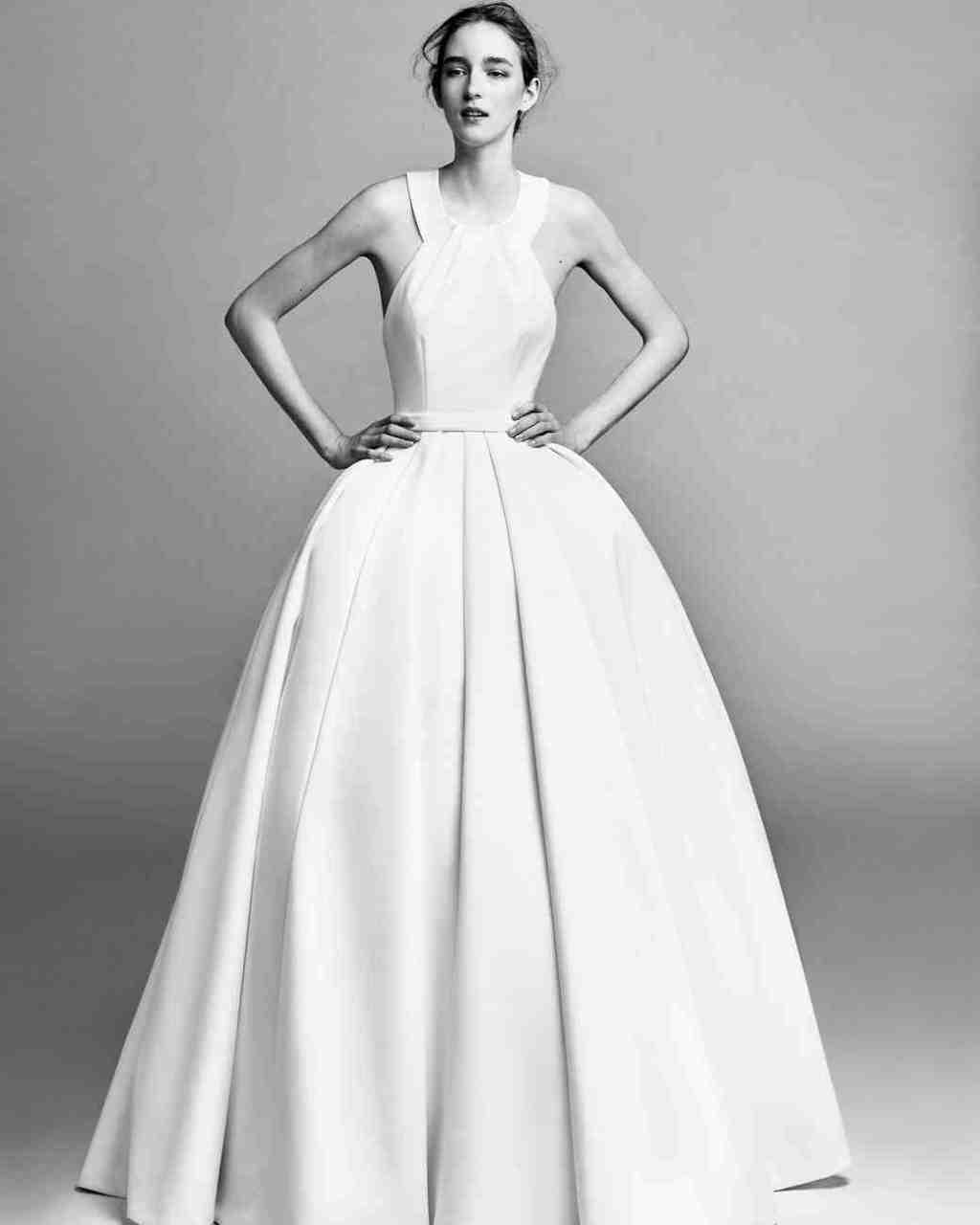 viktor-and-rolf-fall-2017-wedding-dress-002_vert