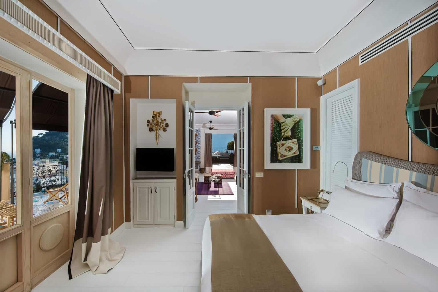 Capri-Tiberio-Palace-1