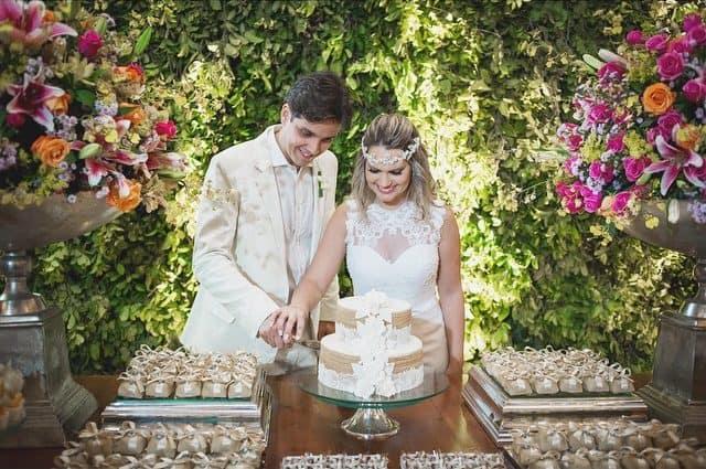 bolo-de-rolo-casamento-1-e1478789066655