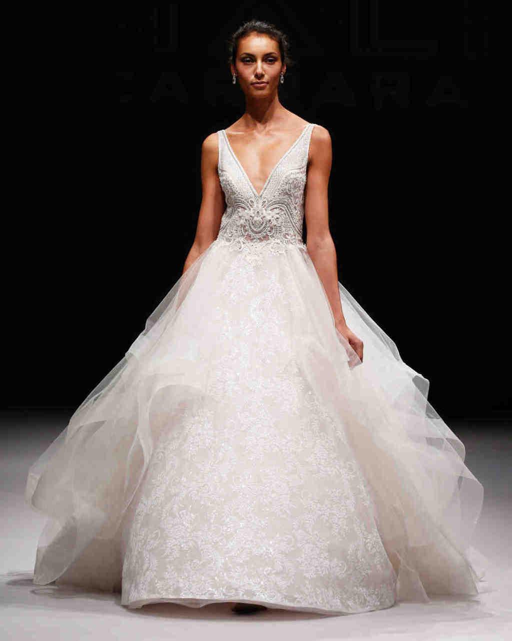 eve-of-milady-wedding-dress-fall2017-6203351-004_vert
