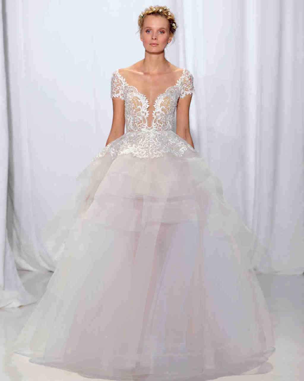 reem-acra-wedding-dress-fall2017-6203351-022_vert