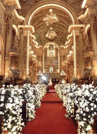 flores-na-decoracao-da-igreja-a-roseira-caseme-4