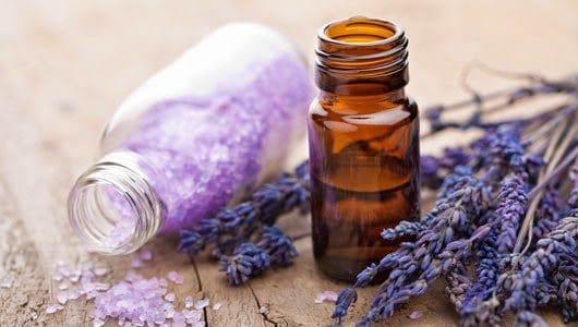 aromaterapia-oleo-de-lavanda