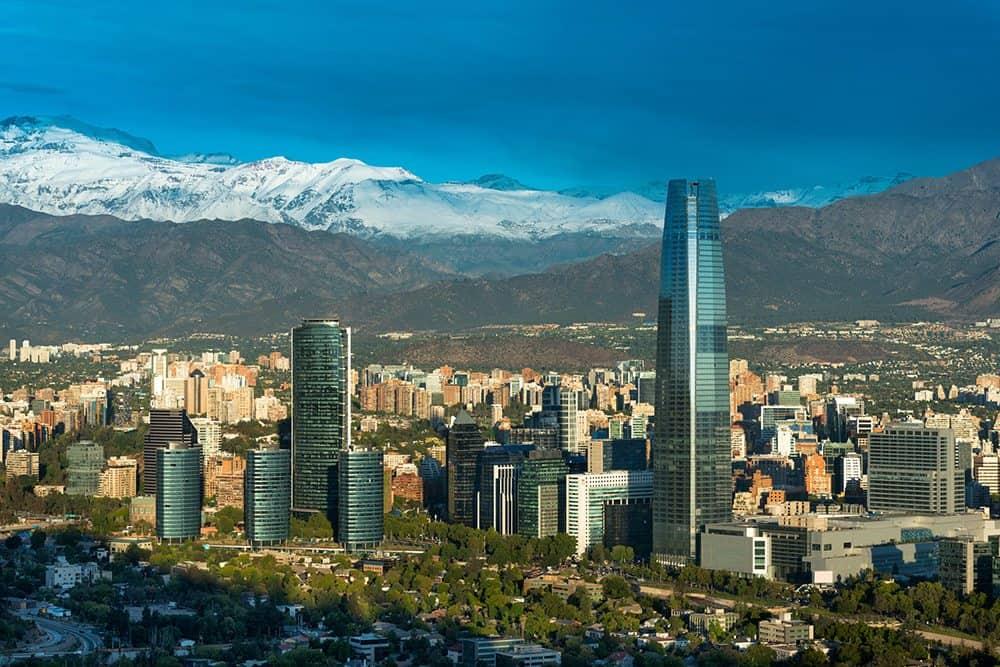 lua-de-mel-chile-skyline-de-Santiago