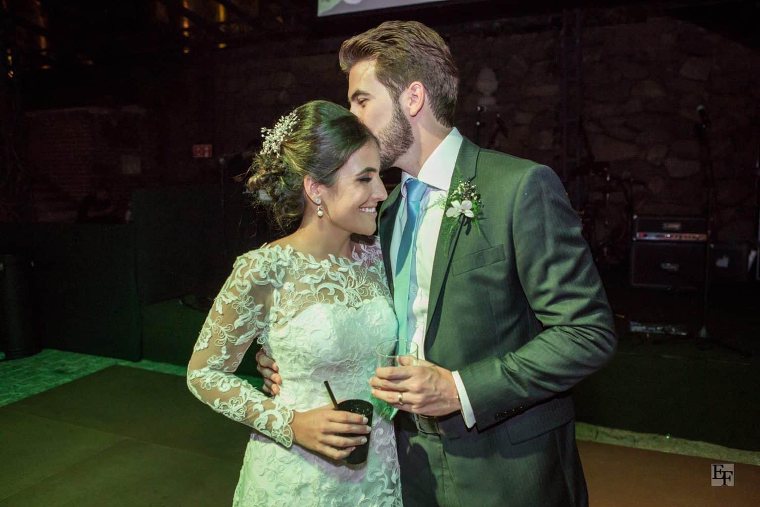 casamento-carolina-e-vitor-caseme-foto-edu-federice-44